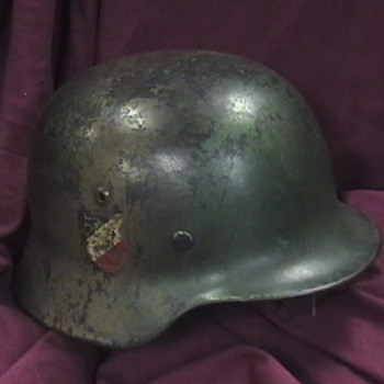 Original WW II M-35 German Luftwaffe (Air Force ) Helmet - Military and Wartime