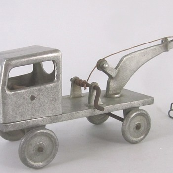 Aluminum Toy Wecker - Model Cars