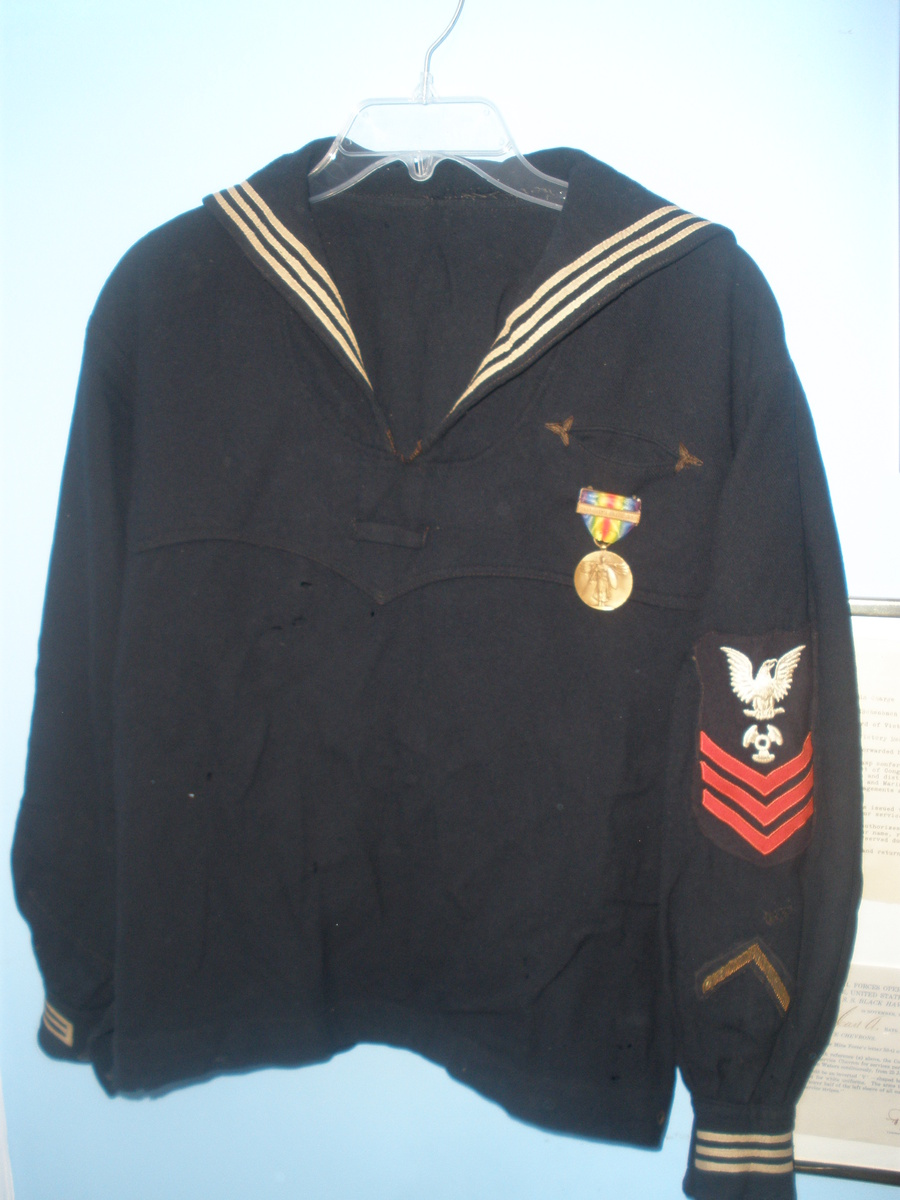 ... military and wartime military jackets and coats show tell world war