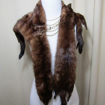 Julius Garfinckel & Co 4 pelt Mink Stole - Womens Clothing