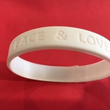 "Ringo Starr ""Peace & Love"" wristband-2017"