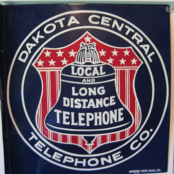 Dakota Central sign - Telephones