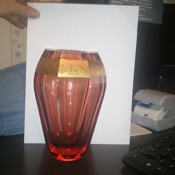 Vase Facet-Cut Moser cranberry color. - Art Glass