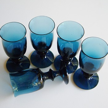 Bertil Vallien for Boda Åfors Bruk blue glasses