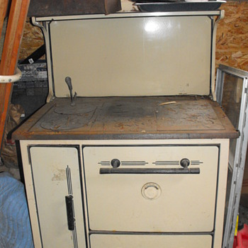 Old Fashion Cook Stove