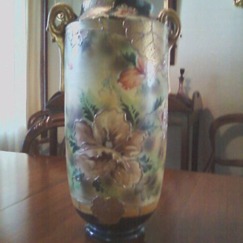 Large decorated vase - Art Pottery