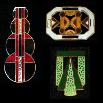 Art Deco Enamel Brooches - Fine Jewelry