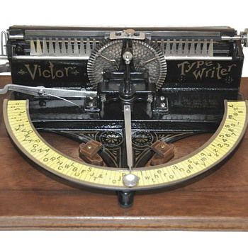 VICTOR INDEX TYPEWRITER Circa 1891