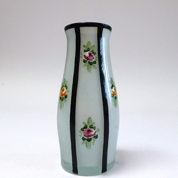 Small striped vase with painted flowers - Art Glass
