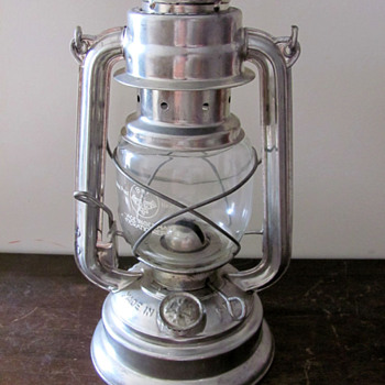 East German oil lamp (BAT #159 model) from the border
