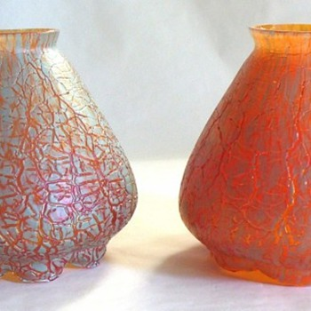 KRALIK CRACKLE SHADES, ROUGH AND SOFT - Art Glass