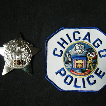 OBSOLETE CHICAGO POLICE SGT STAR BADGE + PATCH