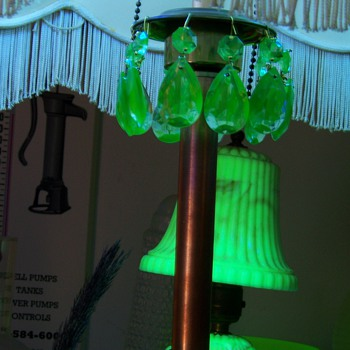 Uranium Glass Lamp Prisms NOS 60s-70s ? - Lamps