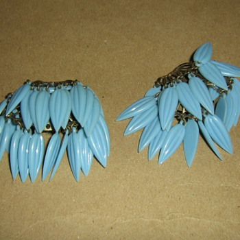 50's-60's plastic earclips