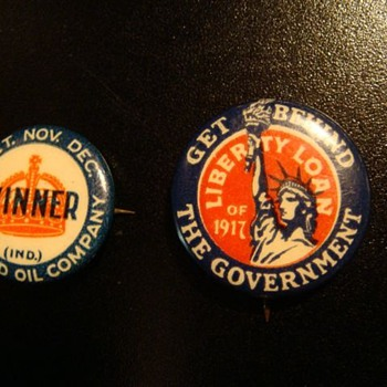 Standard Oil & Liberty Loan button pins - Advertising