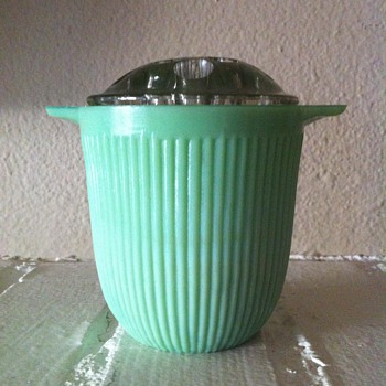 VTG 1930's Fire King Jane Ray Jadite Sugar Bowl repurposed to a Frog Flower Vase!