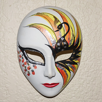 Small Porcelain Mask - Visual Art