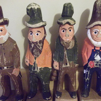 Carved Wooden Figures Possum Trot - Folk Art