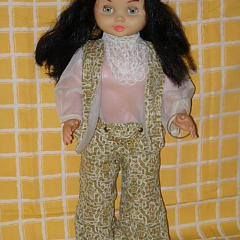 Majber Hippie Doll Katia - Dolls