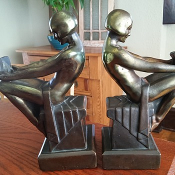 Armor bronze Co./ S.C. Tarrant Co. Art deco Bookends