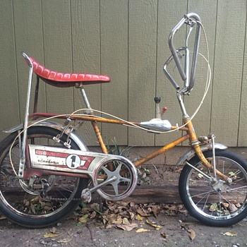 Screamer Muscle Bike - Sporting Goods