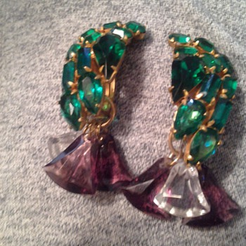 Possibly Schreiner rhinestone clipons - Costume Jewelry
