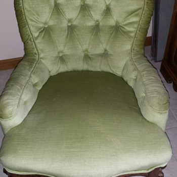 Petite or Child's ? Chair 2 Front Legs on Wheels Mint Velvet color