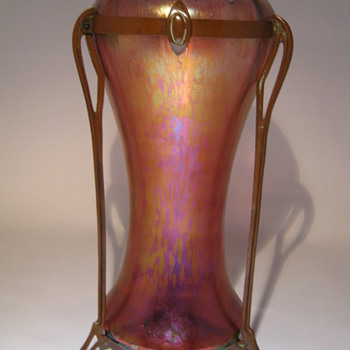 KRALIK Art Nouveau Copper Mounted &quot;Rose iridescent papillon type&quot;  - Art Glass