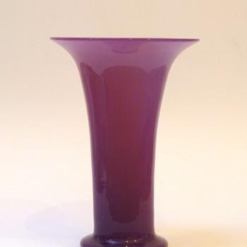 Big pink tango (?) vase