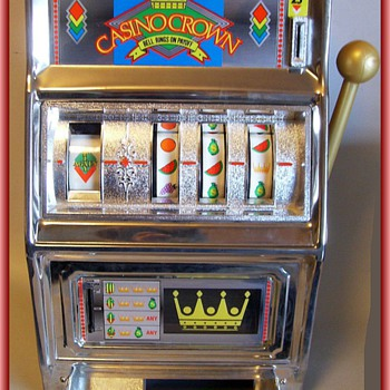 TOY BANK -- Slot Machine