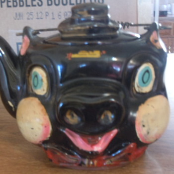 Pig Teakettle - Kitchen