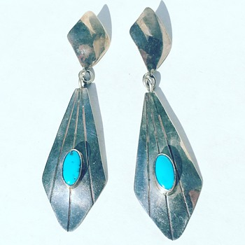 Vintage Sterling Silver Earrings Turquoise stone inlay