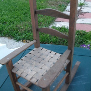 Tiny wooden doll rocker - Furniture