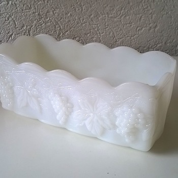 Anchor Hocking Fire King Milk Glass Rectangular Planter Grape Leaves Decoration