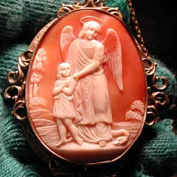 Huge cameo of the guardian angel - Victorian Era