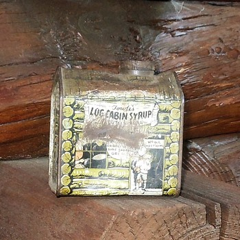 Vintage Log Cabin Syrup Tin Circa 1930s - Advertising
