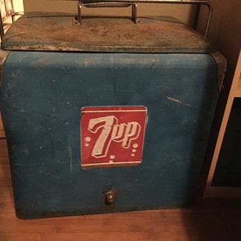 Blue 7up cooler