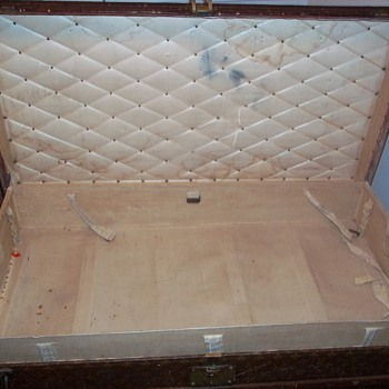 LV 1906 trunk - Furniture