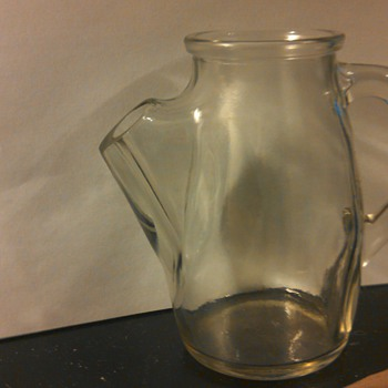 Glass jar ( No idea what kind)