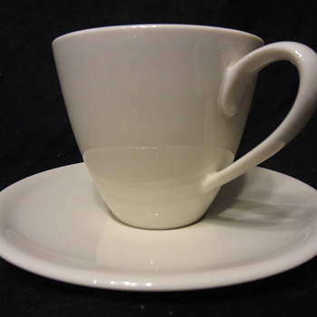 Eva Zeisel Castleton Museum White Cup & Saucer   IS it? - Mid-Century Modern