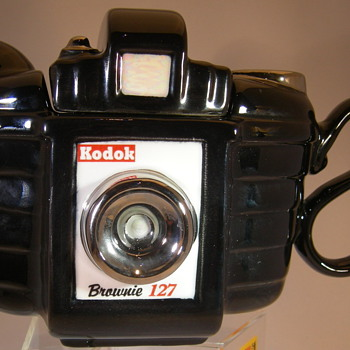 Kodak brownie Tea pot