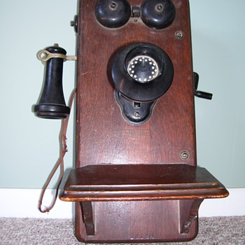 Kellogg wall phone