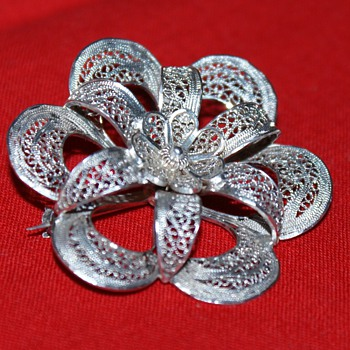 Filigree Pin - Costume Jewelry