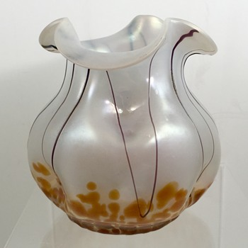 Teplitz/Pallme-Koenig opal glass vase, violet threads and orange oil spots, ca. 1905