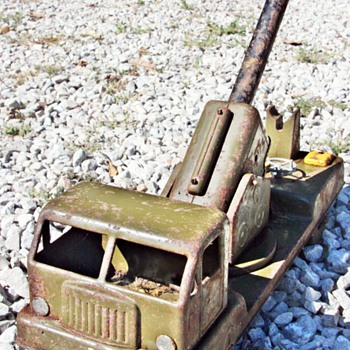 My Favorite U.S. Army Cannon Mounted Battery Operated Toy Truck