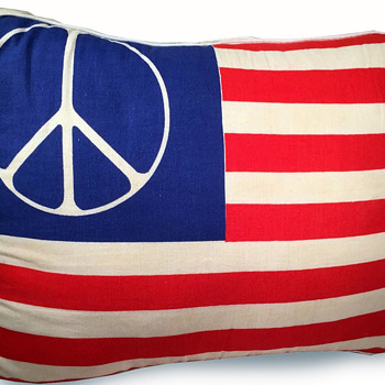 1960's cloth Hippie Peace Flag Pillow - Mid-Century Modern