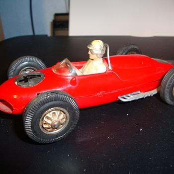 Lovely Ferrari 156 slot car, who made it?