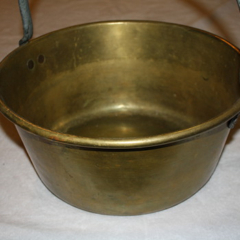 Brass Cauldron & Copper Funnel