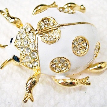 White Enamel & Rhinestone Beetle Brooch 1960's - Costume Jewelry