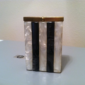 Metal Cigarette Case - Tobacciana